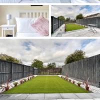 4 Star Stunning Family Home - Coatbridge