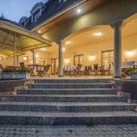 Regia Panzió, hotel in Halászi