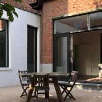 XLSR, lightfull garden apartment in the city center of Ghent
