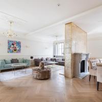 Casa Charles in Mayfair