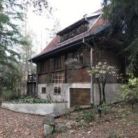 Dom na Skraju Lasu