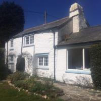 Briar Cottage - Quirky fishermans cottage with a twist
