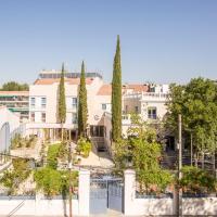 Apartamentos Plaza de Santiago - Estudios Turisticos - 1 LLAVE, hotel in Pinto