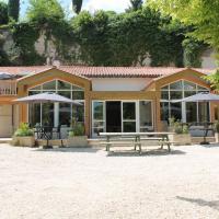 Domaine de Pont Vieux Aubeterre, hotel in Aubeterre-sur-Dronne