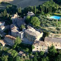 Borgo Lucignanello Bandini, hotel a San Giovanni d'Asso