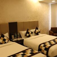 Mangal Grand Hotel, hotel in Beāwar