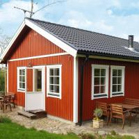 Three-Bedroom Holiday home in Dronningmølle 6