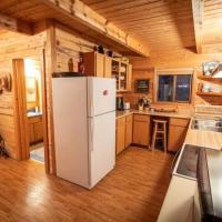 Premium Retreat on 450 Acres w/ Greenhouse, Meditation Room & Labyrinth