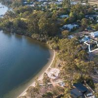 Above Sunset - 100m from the Paynesville Lakes, hotel em Paynesville
