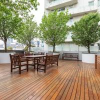 ☆of Southbank☆Light filled apartment☆HUGE private terrace with city views☆Parking☆Pool☆Gym☆WiFi