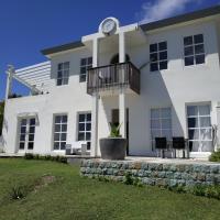 Apartment Whale, hotel in Oranjestad
