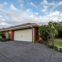 Quiet & Peaceful 3bed2bath HOME @Keilor Downs