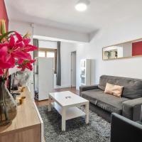 Modern 2 bedroom 15 min by car from La Fira