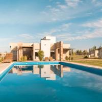 Azalea Luxury Lodge, hotel near San Rafael Airport - AFA, San Rafael