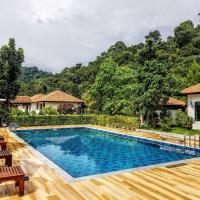 Koh Ngai Paradise Beach, hotel in Ko Ngai