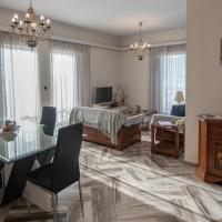 Ideal Family McQueen apartment Chalkis