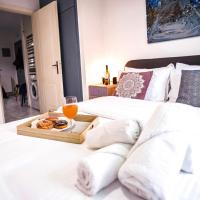Lux apartment downtown, hotel in Serres