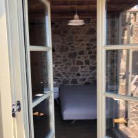 Lemon's Cottage House