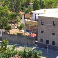 The old olive mill house, hotel in Aegae
