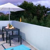 joli appartement avec vue au Moule, hotel in Le Moule