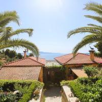 Amazing luxury private apartment Birds majestic view near the sea, хотел в Achladies