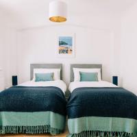 Devon Digs - Exeter- Contractors-Keyworkers- Business- Holidays Weekends breaks Sleeps 8