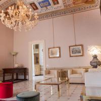 MarcheAmore - Stanze della Contessa, Luxury Flat with private courtyard