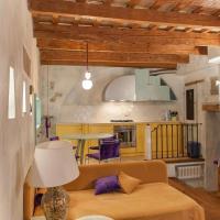 MarcheAmore - Il Passaggio Segreto, luxury loft with private courtyard