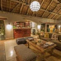 Thornybush Simbambili Lodge, hotel in Sabi Sand Game Reserve