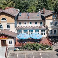 Dworek Brodowo Restauracja Hotel Przyjęcia – hotel w mieście Brodowo