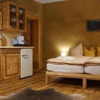 Pension zum Hirschstein, Hotel in Greiz