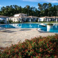 Limone Beach Resort, hotell i Castiadas