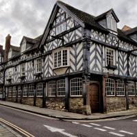 Tudor House Hotel, hotel in Market Drayton