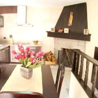 House with 7 bedrooms in Santa Eulalia with furnished terrace 25 km from the slopes, hotel in Santa Eulália