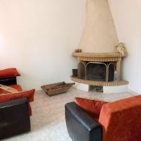 House with 2 bedrooms in Lesvos with enclosed garden and WiFi 13 km from the beach, hotel a Perama