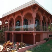 Jodha Bai Retreat, hotel in Terranora