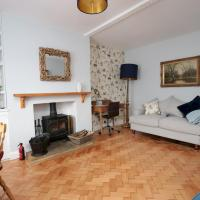 Charming 3BR Garden Home in Oxford inc. Parking