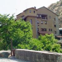 The Mill Hotel, hotel in Kakopetria