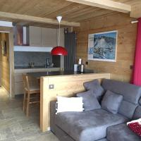 Apartment with one bedroom in Huez with wonderful mountain view and furnished balcony 20 m from the slopes