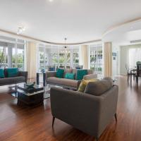 EXTRAORDINARYBeach Resort, location, amenities BIG