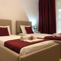Academy Hotel, hotel din Venus