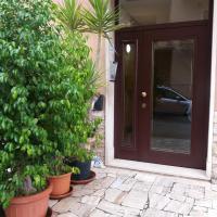 Casa Vacanze Lory, hotel a Monterotondo