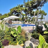 Louis luxury villa