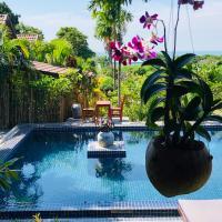 Atmaland Resort, hotel in Kep