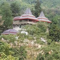 Ruen Roi Lanna, hotel in Ban Pu Khai