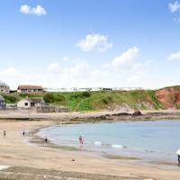 Catch A Penny, hotel in Burnmouth