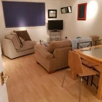 3 bedroomed flat, sleeps 7, central Scotland