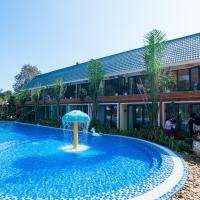 May Tropical Villas, hotel in Hanoi
