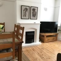 Central cosy 2 bedroom apartment