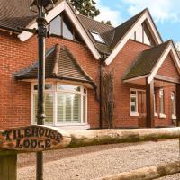 Tilehouse lodge, hotel in Denham